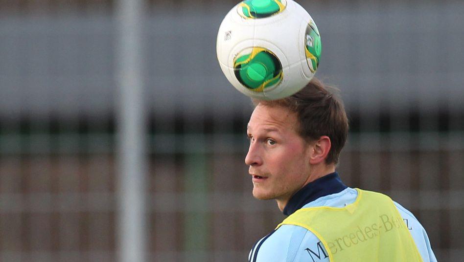 DFB-Spieler Höwedes: Abreise nach Muskelverhärtung