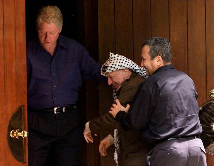 Bill Clinton, Jassir Arafat und Ehud Barak in Camp David (2000): Mangel an Verständnis für die palästinensische Perspektive