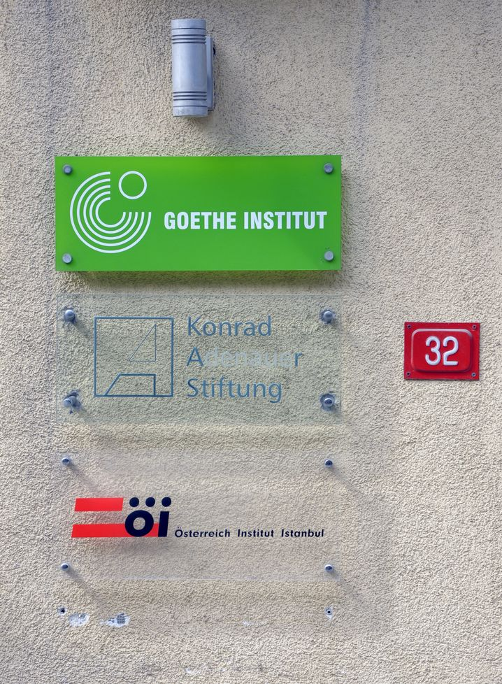 Eingang zum Goethe-Institut in Istanbul (Archiv)