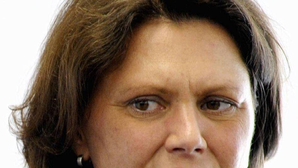 """Ilse Aigner: Befürwortet Selbstregulierung, wenn diese """"umfassend und verlässlich"""" ausfällt"""