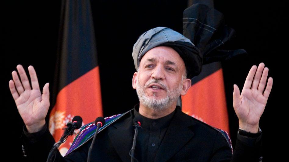 Afghanistans Präsident Karzai: Vertrauter auf der Gehaltsliste der CIA?