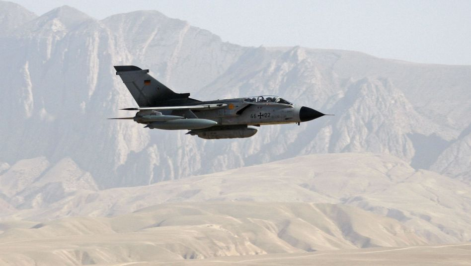 """Bundeswehr-""""Tornado"""" (Archivbild aus Afghanistan): """"Gefährlicher Einsatz"""""""