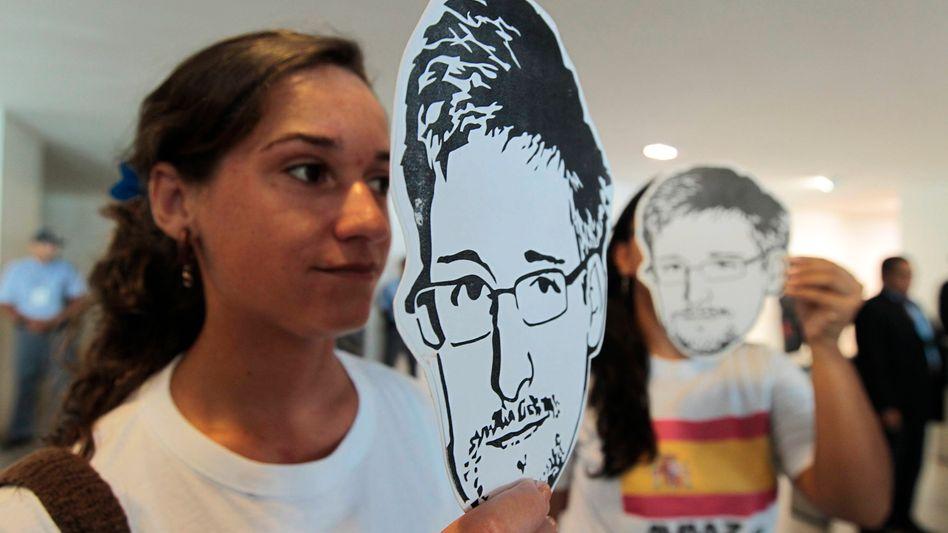 Snowden auf Protestplakaten: Bisher ist der US-Informant im NSA-Untersuchungsausschuss als Zeuge unerwünscht