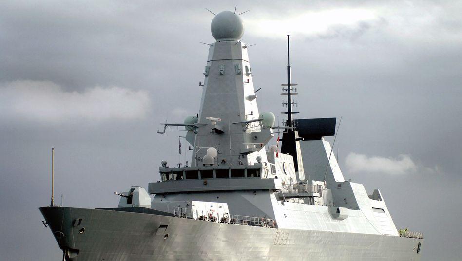 Kriegsschiff vor den Falkland-Inseln: Ein Referendum soll Klarheit bringen