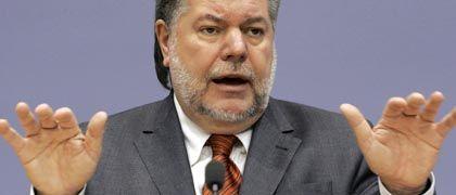 SPD-Chef Kurt Beck: Vom Aufstand in der Partei bedroht