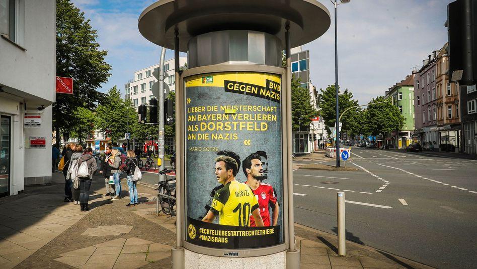 """Vermeintliches BVB-Plakat in Dortmund (am 11. Mai): """"Letztlich war der BVB unfreiwillig unser Sprachrohr"""""""