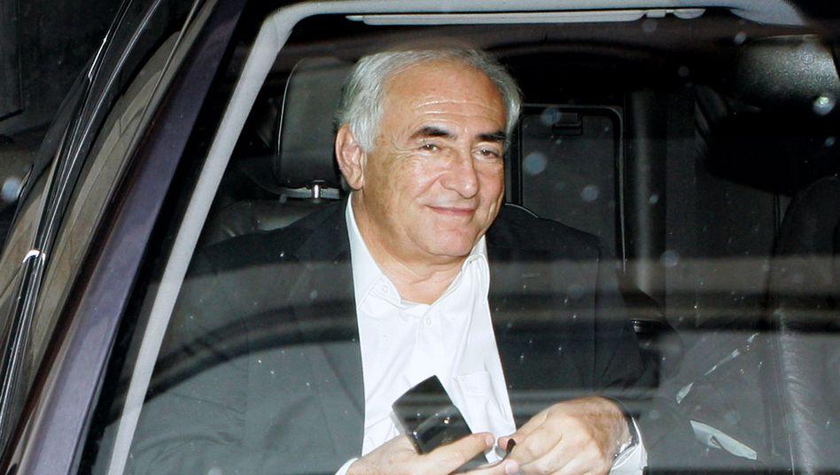 Politiker Strauss-Kahn (am 12. September in Paris): Wo ist sein altes Smartphone?