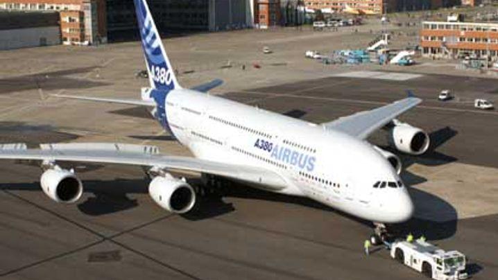 Jungfernflug im April: Der A380 hebt erstmals ab