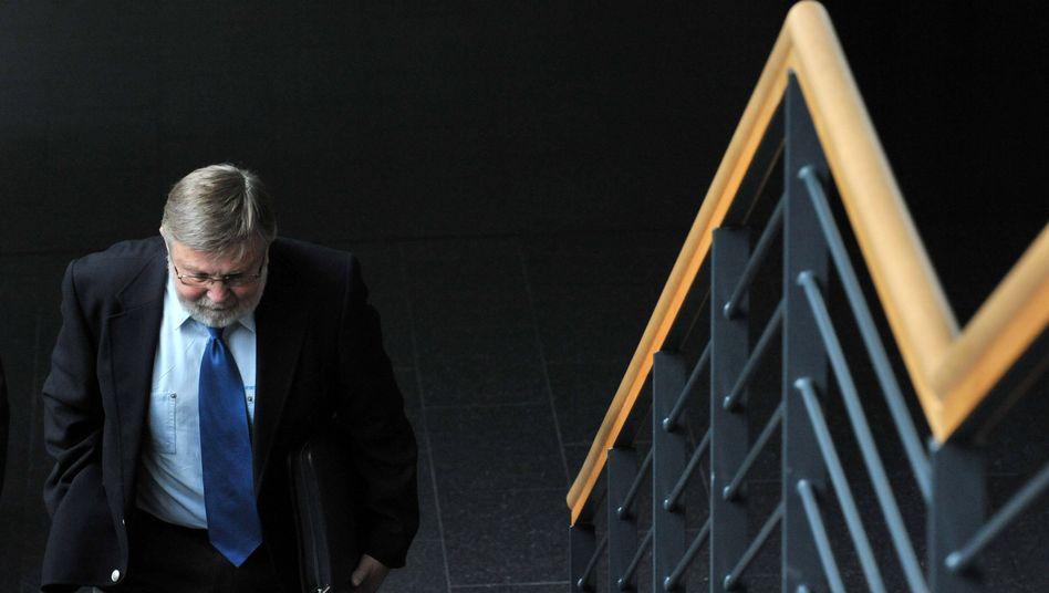 Früherer Verfassungsschutz-Vize Nocken: Um Kopf und Kragen geredet