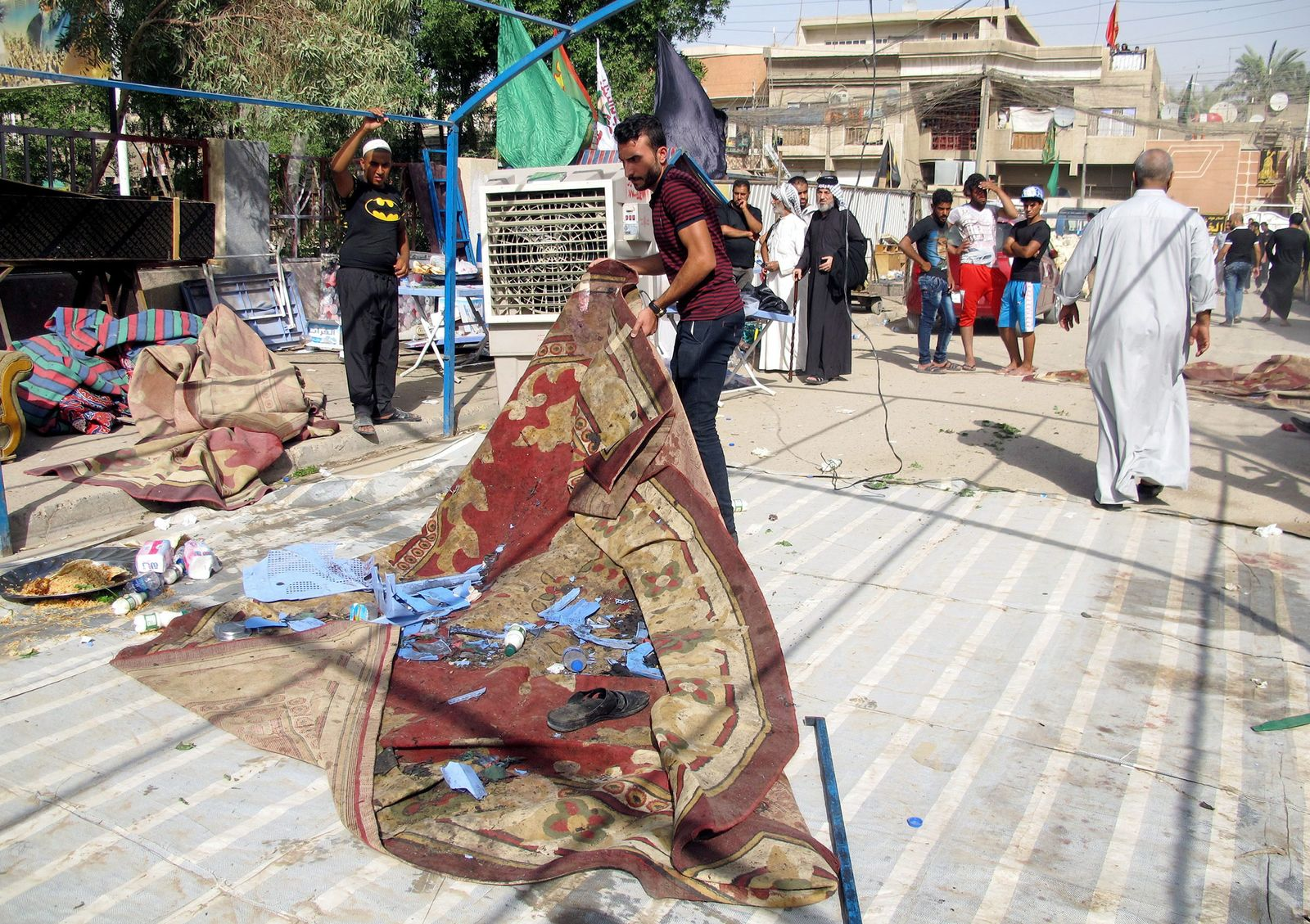 15 people were killed in a suicide bomber attack in northern Bagh