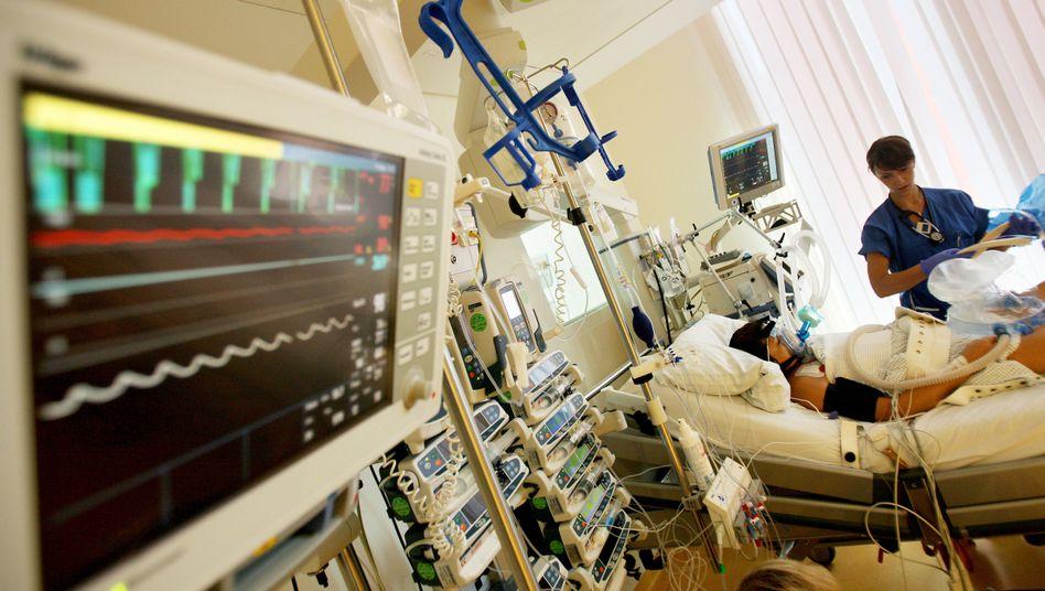 Patient in der Intensivpflege: Grauzone für Mediziner?