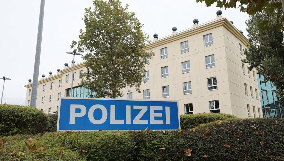 Polizeiinspektion Gotha: Zwei Beamte sind angeklagt, weil sie eine Frau vergewaltigt haben sollen