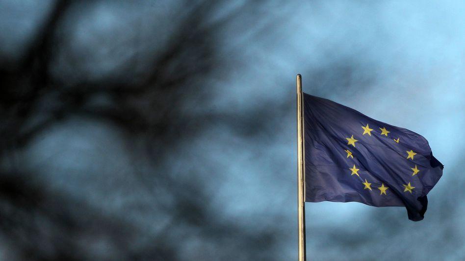 Europaflagge: Viele Länder erhalten zu schlechte Noten