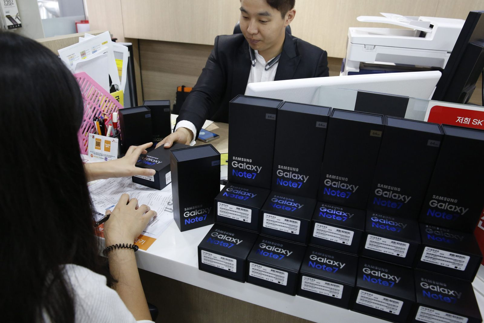 Samsung begins to replace faulty Galaxy Note 7