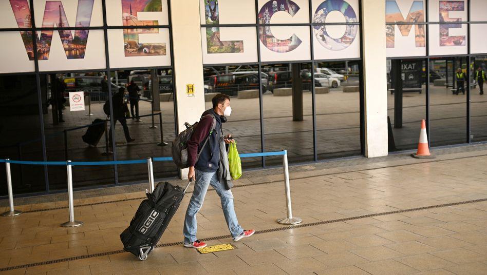 Passagier am Manchester Airport