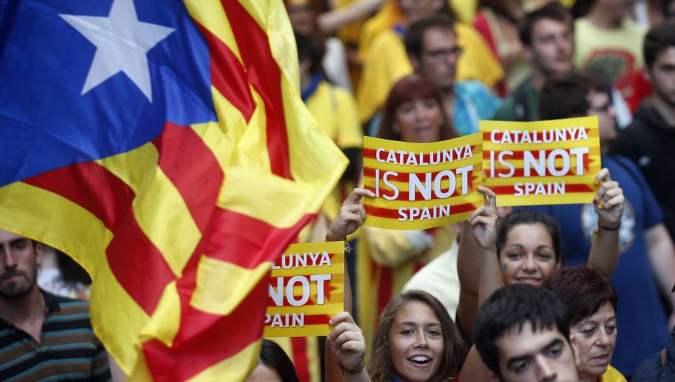 """Demo für die Unabhängigkeit (Archivbild): """"Katalonien ist nicht Spanien"""""""