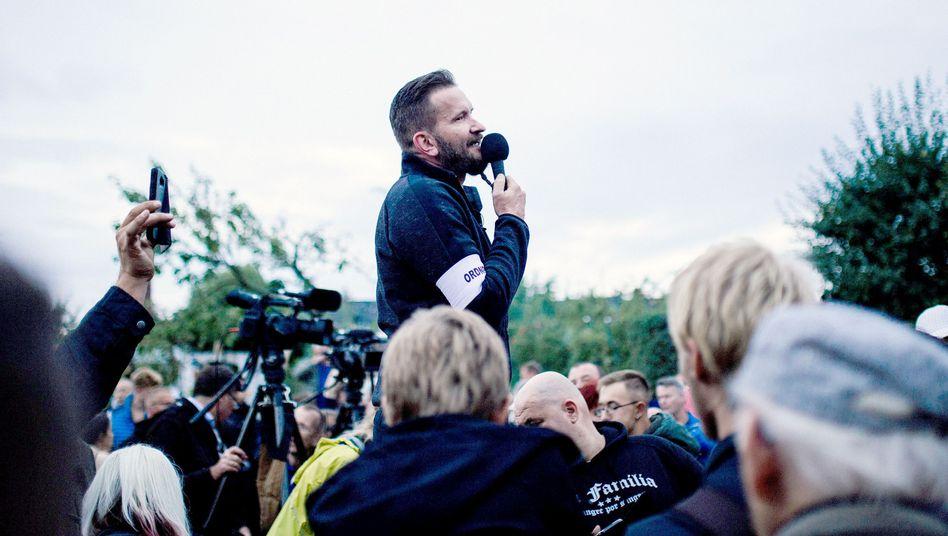 """Arthur Österle hat die Aufmärsche für die rechtsextreme Gruppe """"Pro Chemnitz"""" mit organisiert"""