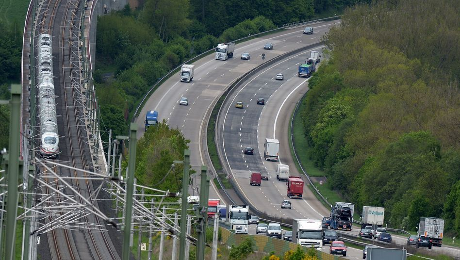 ICE-Hochgeschwindigkeitsstrecke neben der A3 in Rheinland-Pfalz: 2019 immerhin keine??Schienenwege oder Gleisanschl??sse stillgelegt