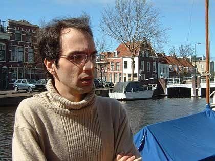 Sina Motallebi: Der Journalist schrieb das, was er in der Zeitung nicht bringen konnte, für sein Weblog - und bezahlte einen hohen Preis