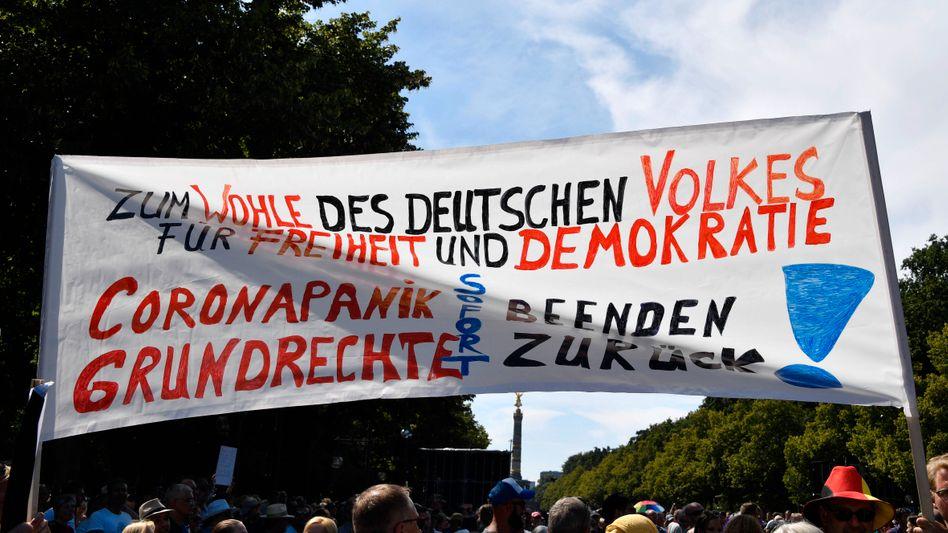 Demonstration gegen Corona-Regeln in Berlin am 1. August