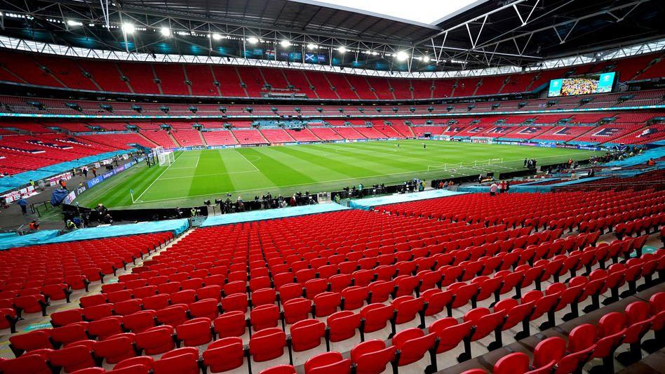 Fußballtempel Wembley (am 18. Juni)