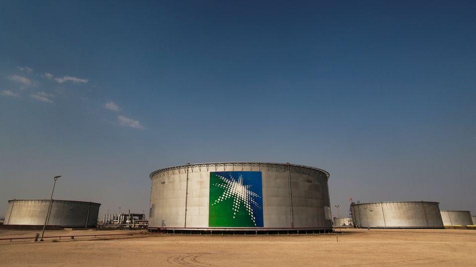 Öltank von Saudi Aramco: Preiskrieg zwischen Saudi-Arabien und Russland