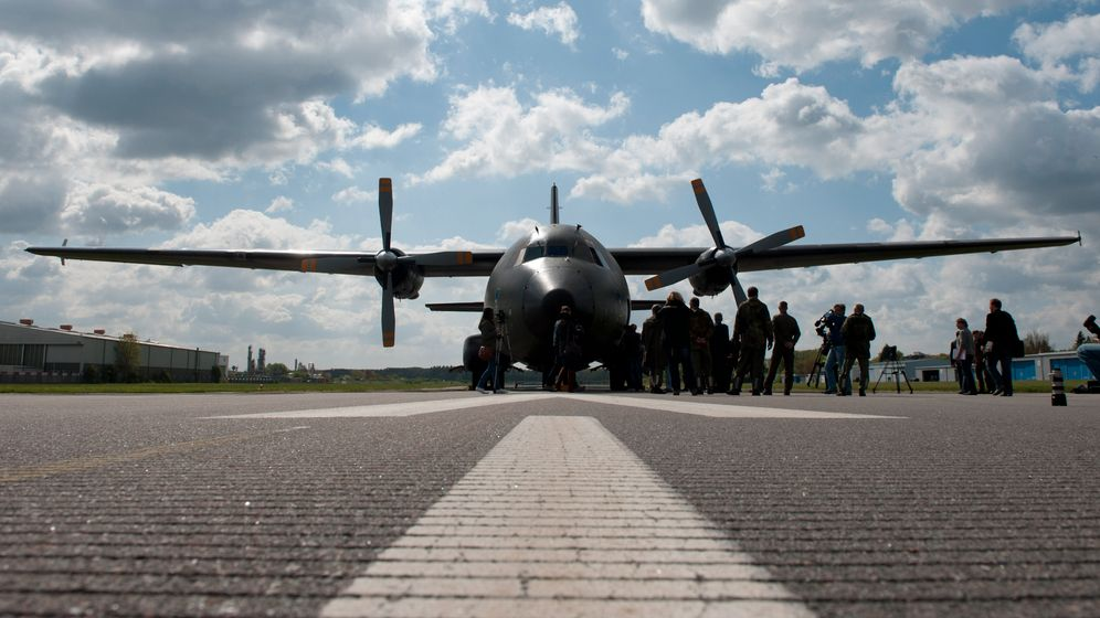 Photo Gallery: Mobilizing for Mali