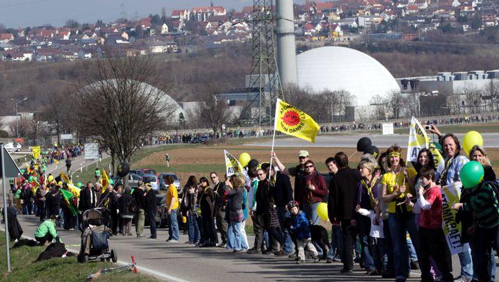 """Menschenkette gegen Kernkraft: """"Ungeahnte Aktualität"""""""