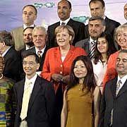 Kanzlerin Merkel beim ersten Integrationsgipfel 2006: Versuch einer Verständigung