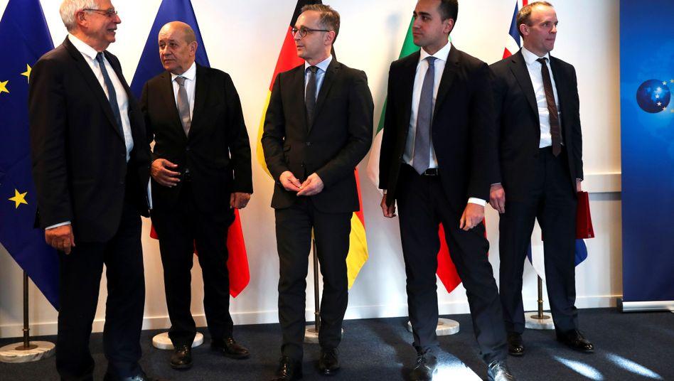 Der EU-Außenbeauftragte Borrell mit den europäischen Außenministern Jean-Yves Le Drian, Heiko Maas, Luigi Di Maio und Dominic Raab (v.l.): Der letzte Rettungsversuch