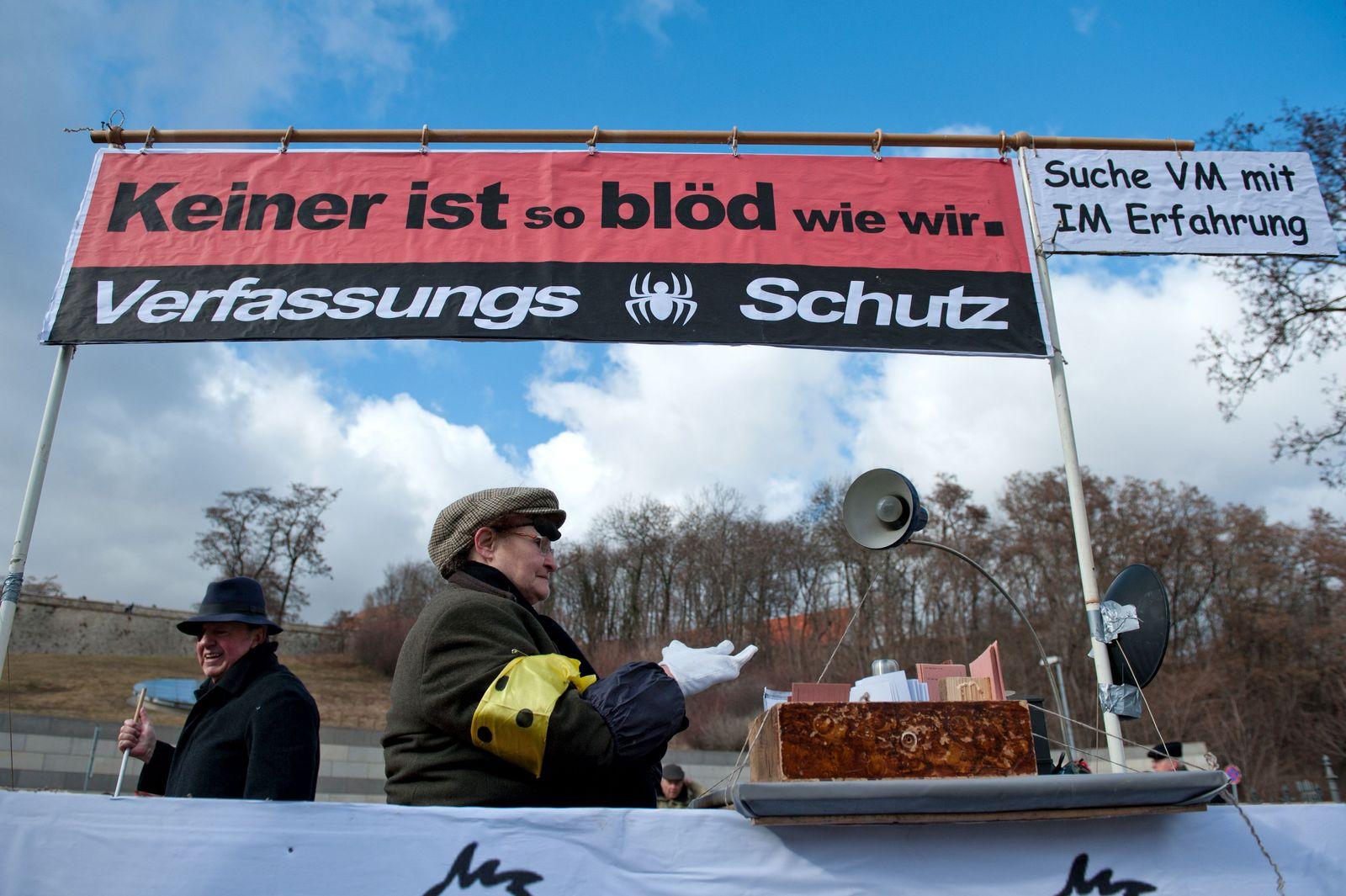NICHT VERWENDEN Thüringen/ Verfassungsschutz