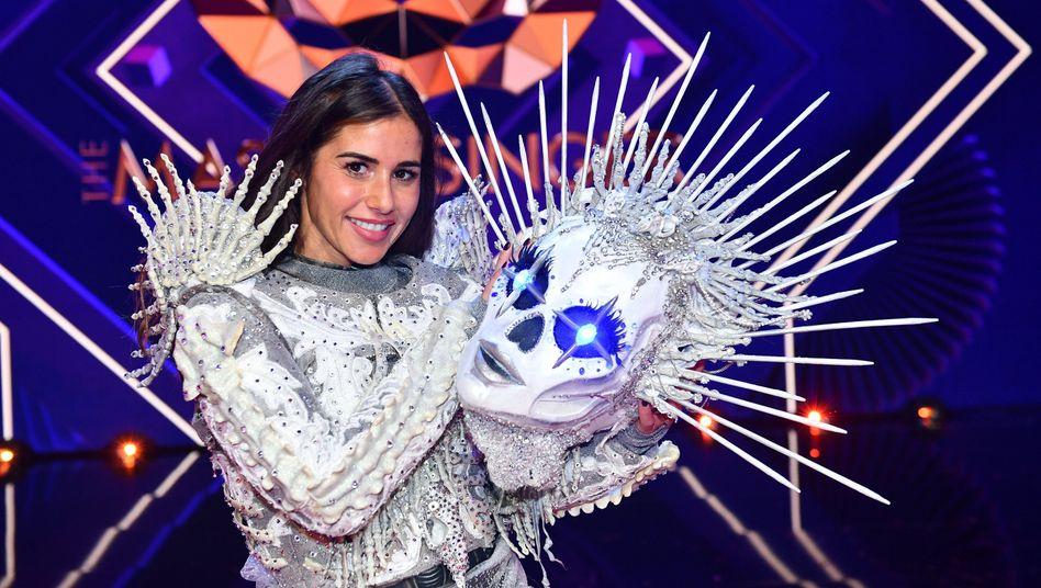 """Sarah Lombardi im Skelett-Kostüm gewinnt """"The Masked Singer"""" – ganz ohne Alessio-geht-es-gut-Meme und über alles gelegten Klatschgeschichten-Filter"""