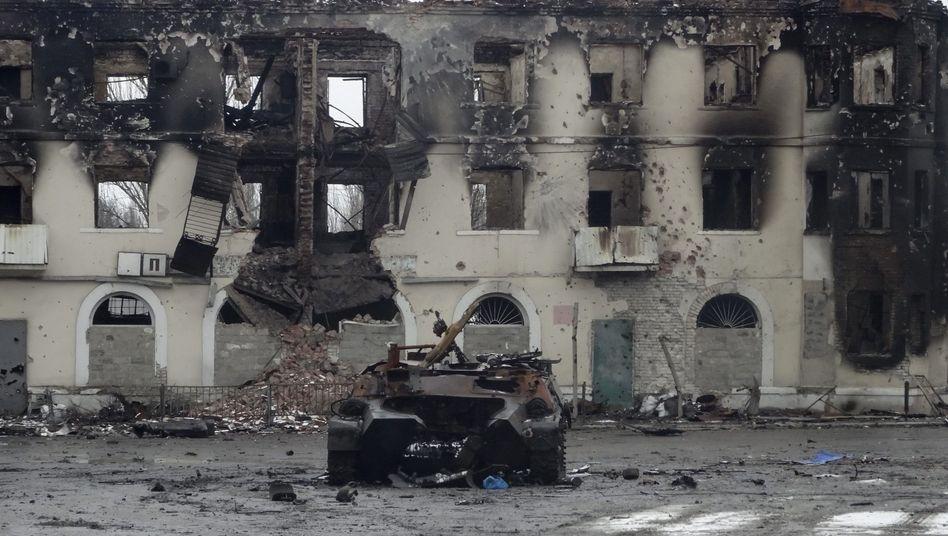 Zurück bleiben nur Ruinen: Uglegorsk in der Nähe von Donezk