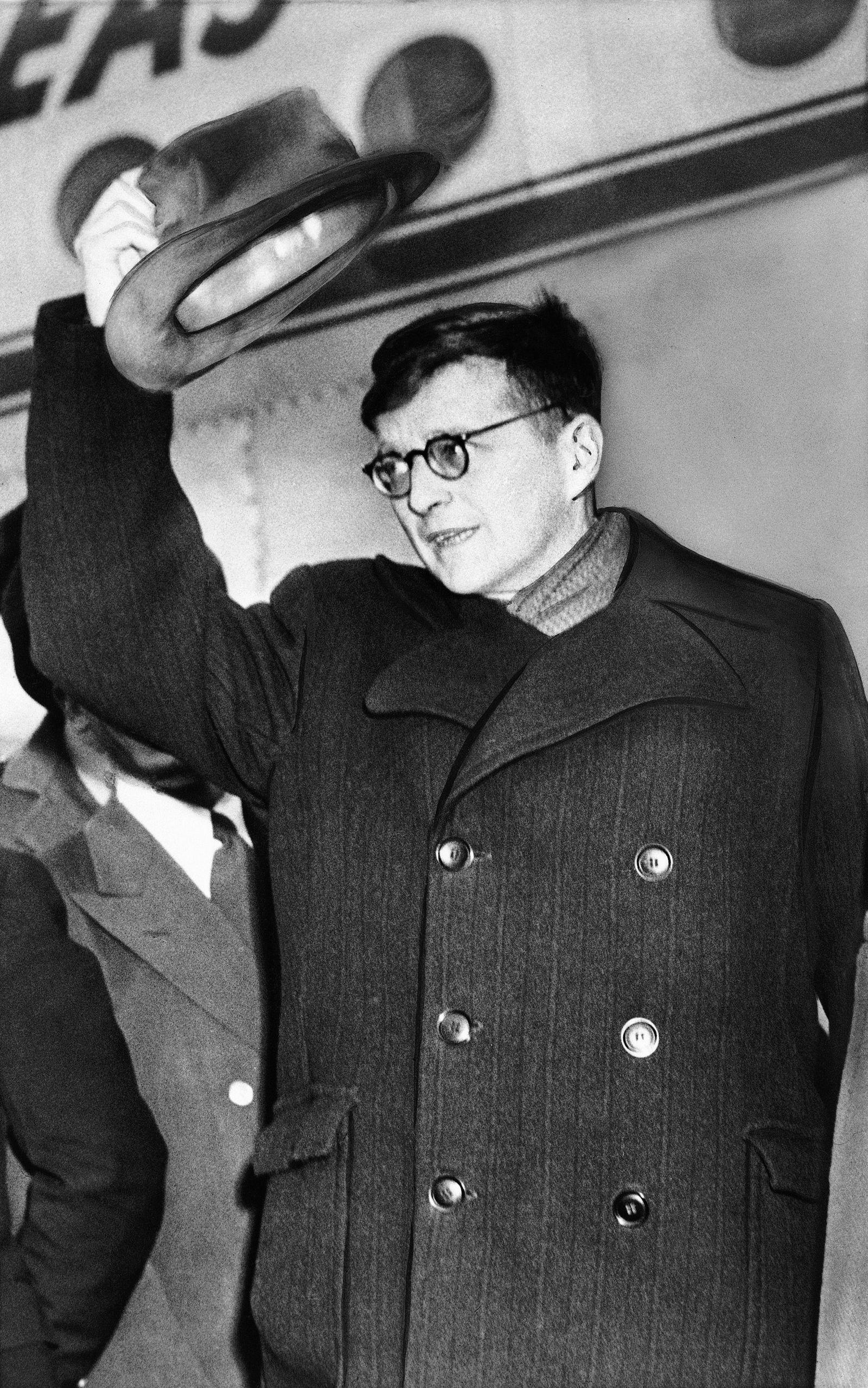 Buch/ Julian Barnes: Lärm der Zeit/ Dmitri Shostakovich
