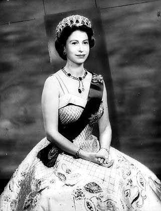 Queen Elizabeth II. (1957): Akzeptanz in Frankreich ohne Schwierigkeiten?