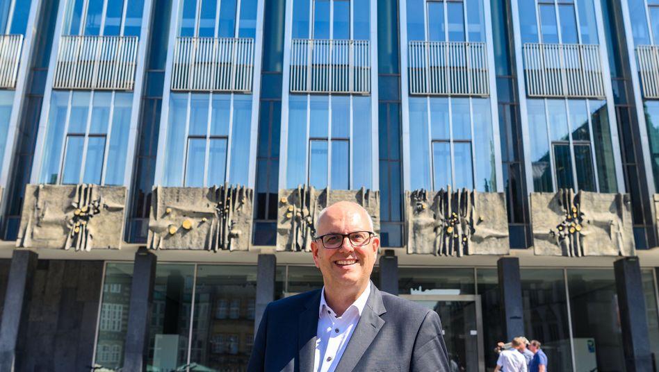 Der neue starke Mann im Rathaus: Bremens designierter Bürgermeister Andreas Bovenschulte