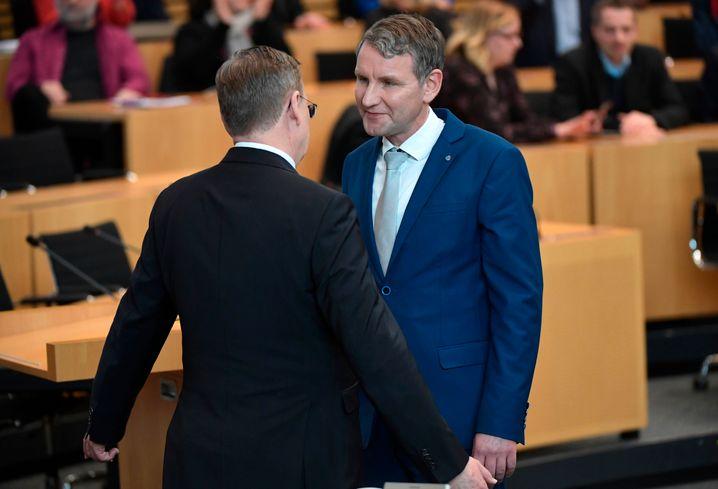 Ministerpräsident Ramelow, Fraktionschef Höcker: Verweigerter Handschlag