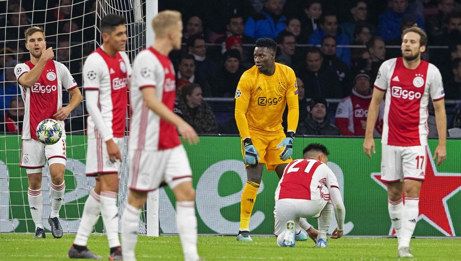 Kollektives Entsetzen bei Ajax nach dem 0:1 gegen Valencia