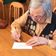 97-Jährige kämpft online gegen Corona