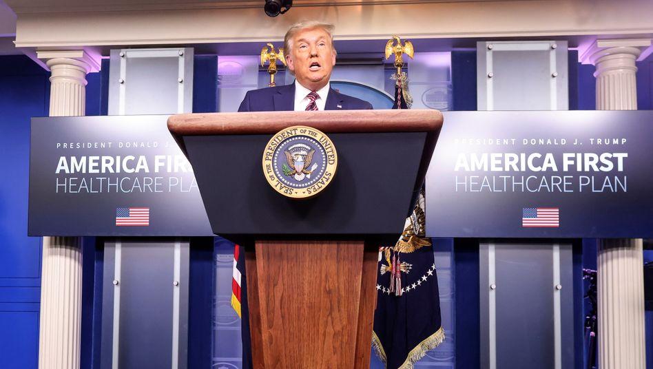 Donald Trump bei einer Pressekonferenz im Weißen Haus