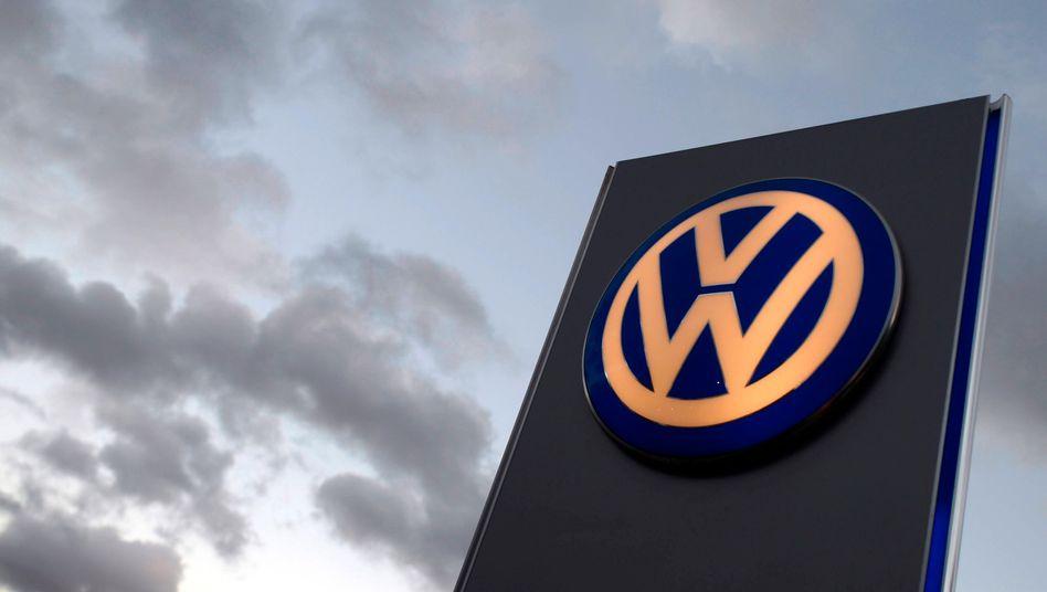 Volkswagen-Logo in Hamburg (Archivbild)