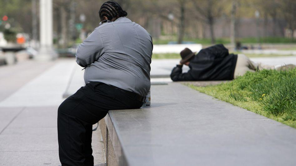 Übergewichtiger Mann in Washington: Weiterhin massiv steigende Fallzahlen