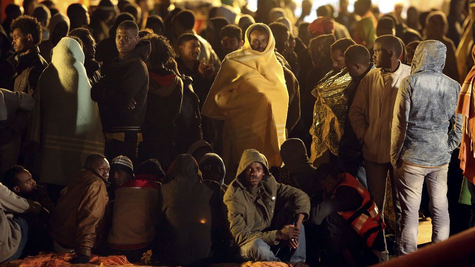 Flüchtlinge in Pozzallo (Foto vom 4. Mai): Neue Ankömmlinge aus Afrika