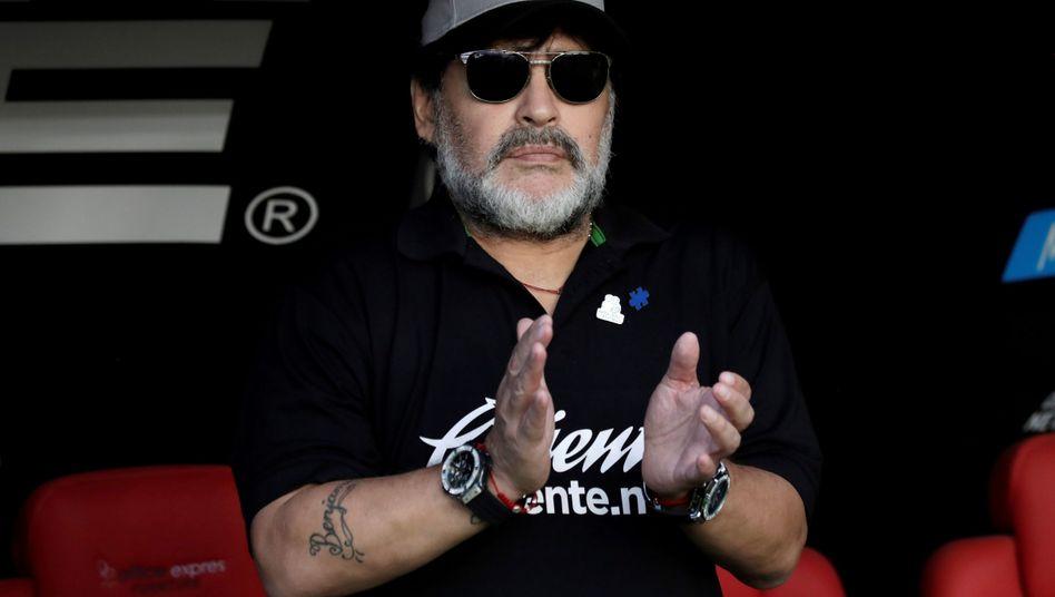 Diego Maradona auf der Trainerbank von Dorados de Sinaloa (Mai 2019)