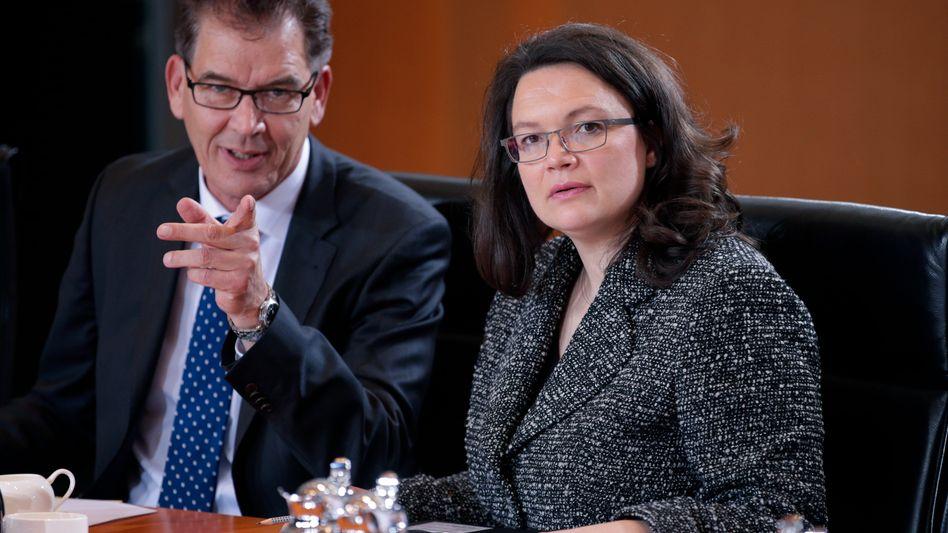 Arbeitsministerin Nahles: In Betrieben muss stärker teamorientiert gearbeitet werden
