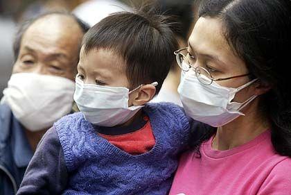 Schutz gegen die tödliche Krankheit: An Sars starben in Hongkong fast 300 Menschen