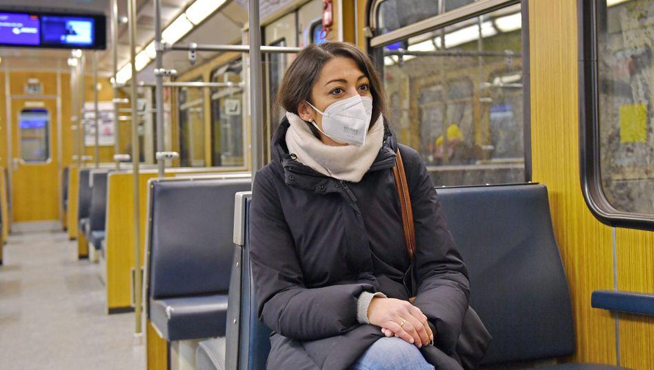 Schweigen gegen das Virus: »30 Sekunden Sprechen produziert ähnlich viele Aerosole wie ein kurzes Husten«
