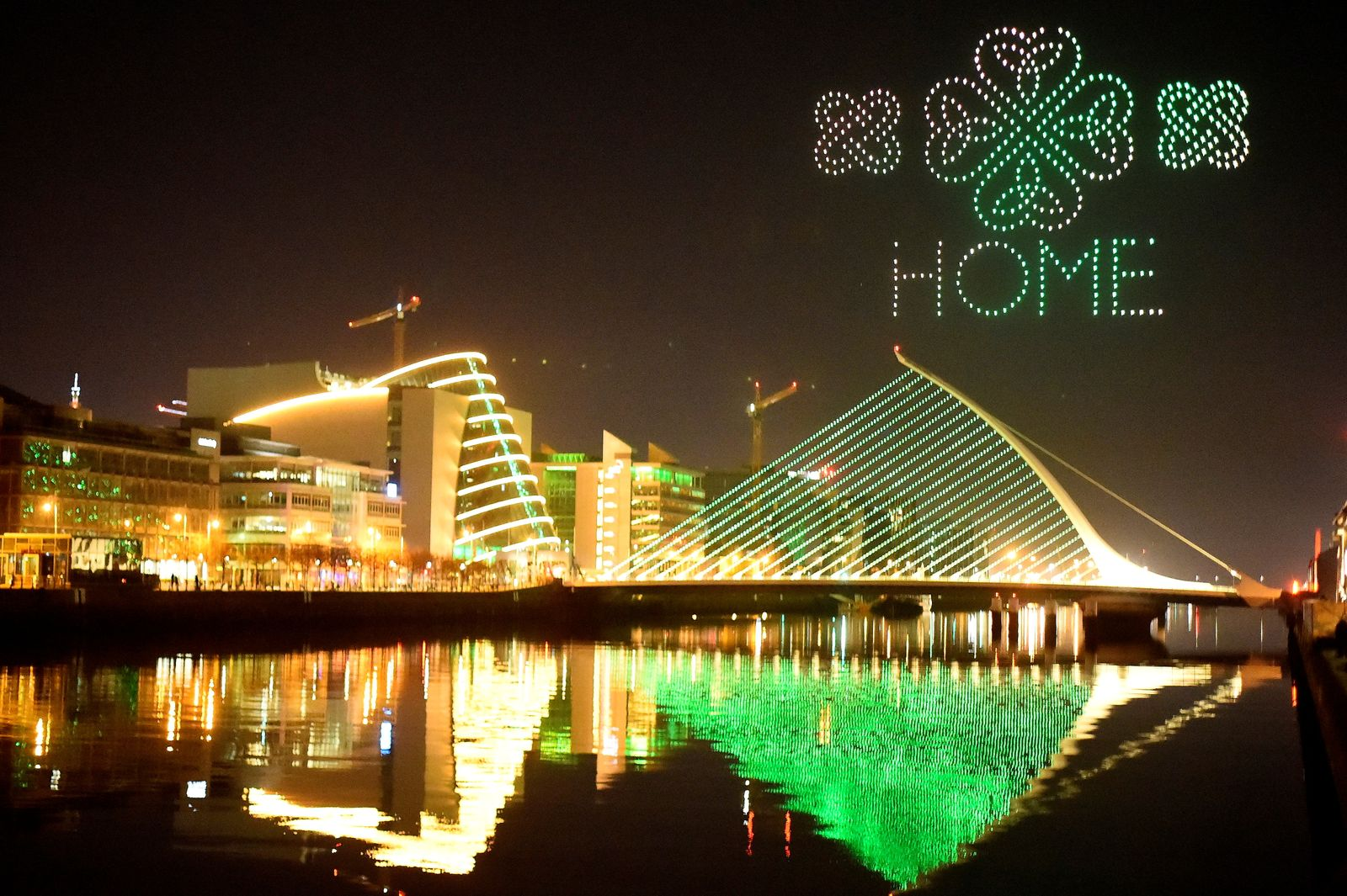 """St Patrick's Day drone display """"Orchestra of Light"""" in Dublin"""