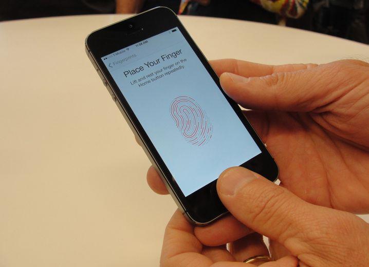 iPhone mit Fingerabdruck-Scanner: Daten durch Verschlüsselung geschützt