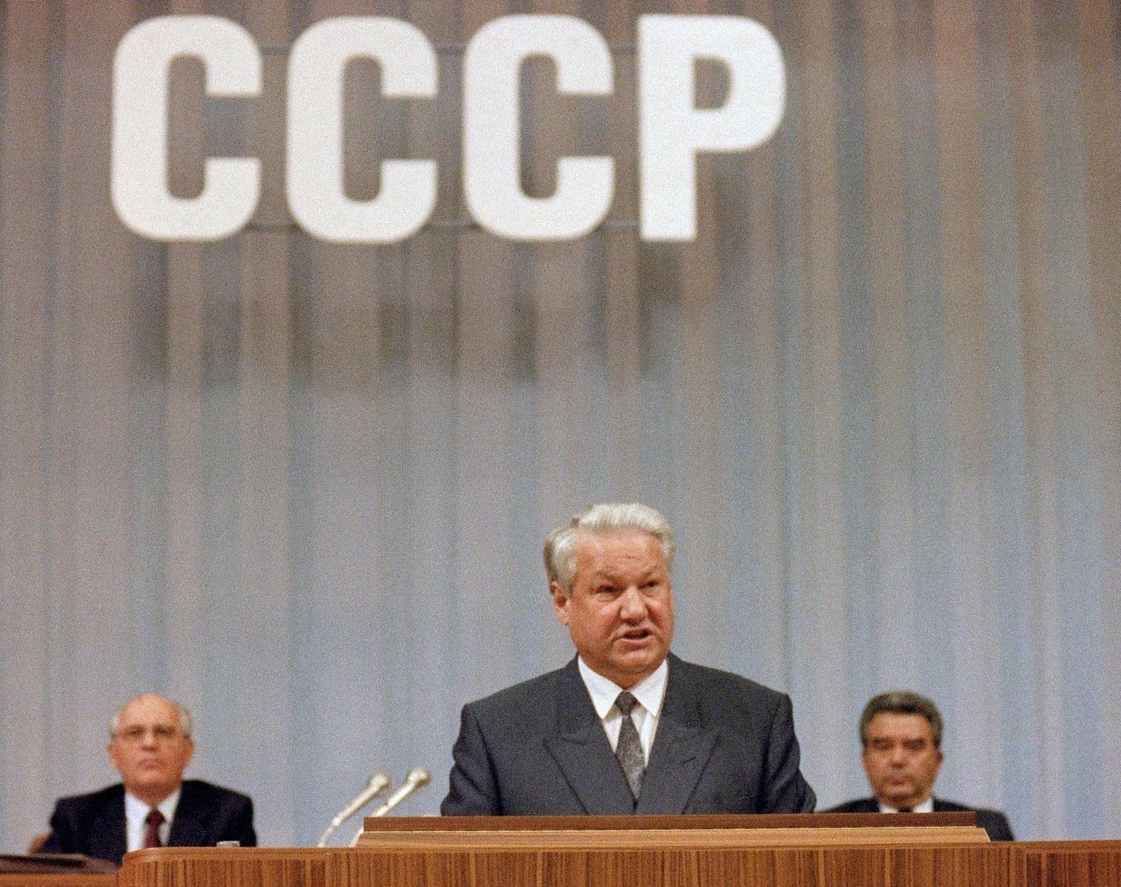 USSR-YELTSIN-GORBACHEV